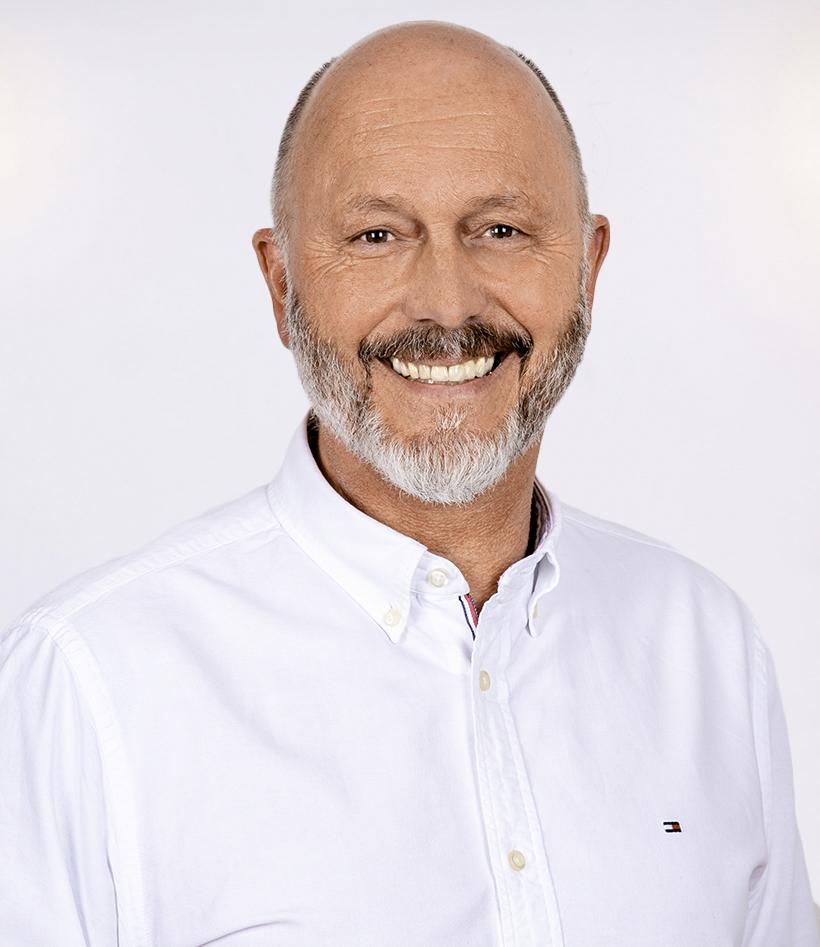 Reinhard Moser: Basic-Life-Support Instructor (AHA), Advanced Cardiac-Life-Support Instructor (AHA), Advanced Cardiac-Life-Support Experienced Instructor (AHA), Prehospital-Trauma-Life-Support Provider, Advanced Medical Life Support Provider