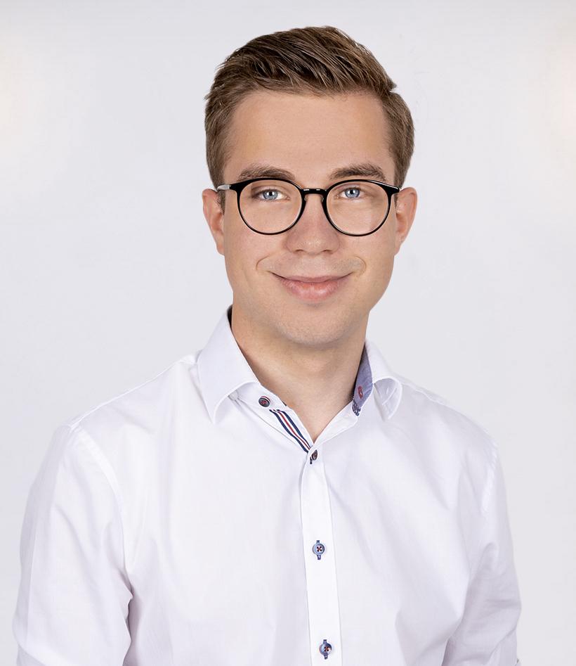 Simon Loth: Notfallsanitäter, Brandmeister, Unterstützungsgruppe Sanitätseinsatzleitung
